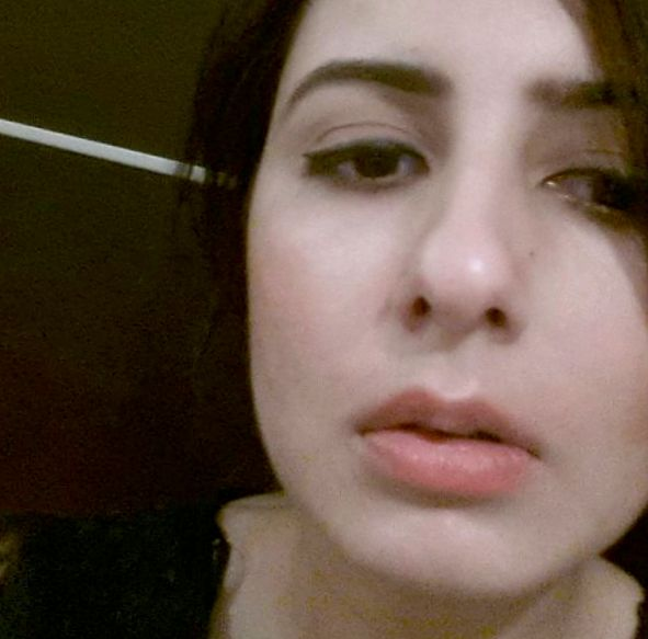 Reshu Malhotra//Dubai/Makeup Artist/Beauty Blogger