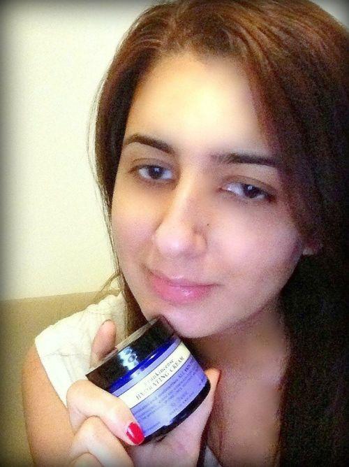 Neal Yard's Remedies// Frankincense hydrating cream/ Reshu Malhotra//Dubai