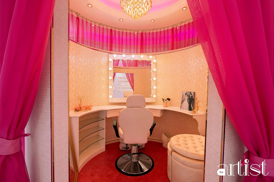 THE BRIDAL ROOM AT THE ARTIST BEAUTY LOUNGE !